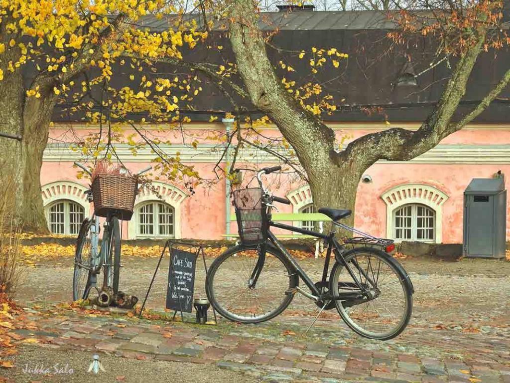 Pysäköidyt polkupyörät