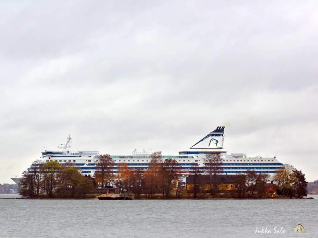 Laivan mittainen saari